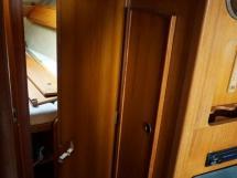 Sun Fizz - Porte de la cabine avant