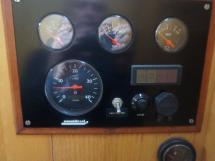 Vaton 54 - Panneau de contrôle du moteur