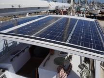 Meta 13m - Dog-house rigide et panneaux solaires