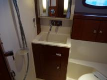 Hanse 531 - Salle d'eau arrière tribord