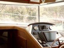 AYC - Timonerie intérieure - Swift Trawler 44 by Beneteau