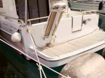 AYC - Plage arrière - Swift Trawler 44 by Beneteau