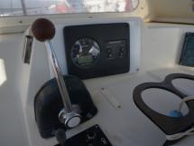 Santorin Ketch - Commande et indicateurs moteur