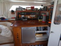 Catamaran 51' - Table à cartes