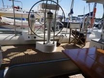 Catamaran 51' - Poste de barre central