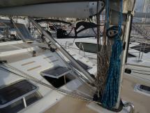 Universal Yachting 49.9 - Pied de mât