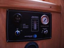 OVNI 435 - Panneau de contrôle du dessalinisateur