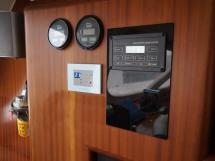 Catana 582 Caligo - Panneau de commande