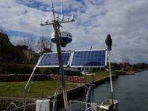 Trintella 44 Alu - Panneaux solaires sur portique