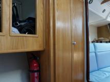 AYC - Randonneur 1200 - Penderie de la cabine avant