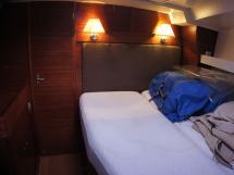 Alliage 45 - Cabine avant - couchette double latérale bâbord
