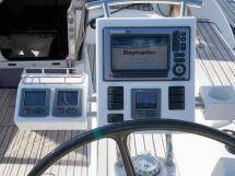 Dufour 485 Grand Large Custom - Poste de barre tribord