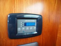 Sun Odyssey 54 DS - Commande de la climatisation