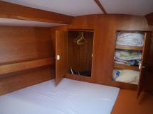 AYC - Universal Yachting 44 Cabine avant