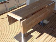 MY16 Trawler - Table de cockpit