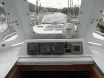 AYC - Universal Yachting 40