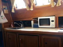 Meta Trawler 33 - Plan de travail de la cuisine