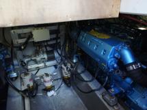 AYC Yachtbrokers - Trawler Meta King Atlantique - Moteur tribord