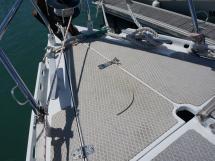 AYC Yachtbroker - OVNI 36 - Pont avant