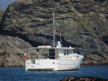 MY16 Trawler - Au mouillage