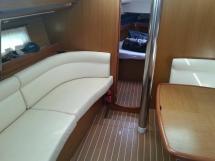 Sun Odyssey 42 DS - Banquette bâbord