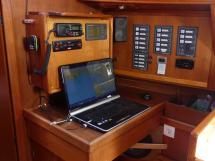 Atlantis 370 - Table à cartes