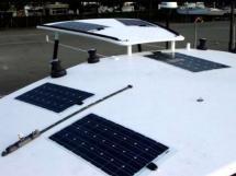 TS 50 - Rouf, bimini rigide et panneaux solaires