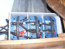 Carambola 38 - Parc batteries propulseur/guindeau