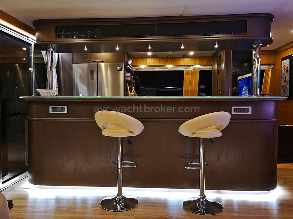 NG 66' Catamaran - Bar intérieur