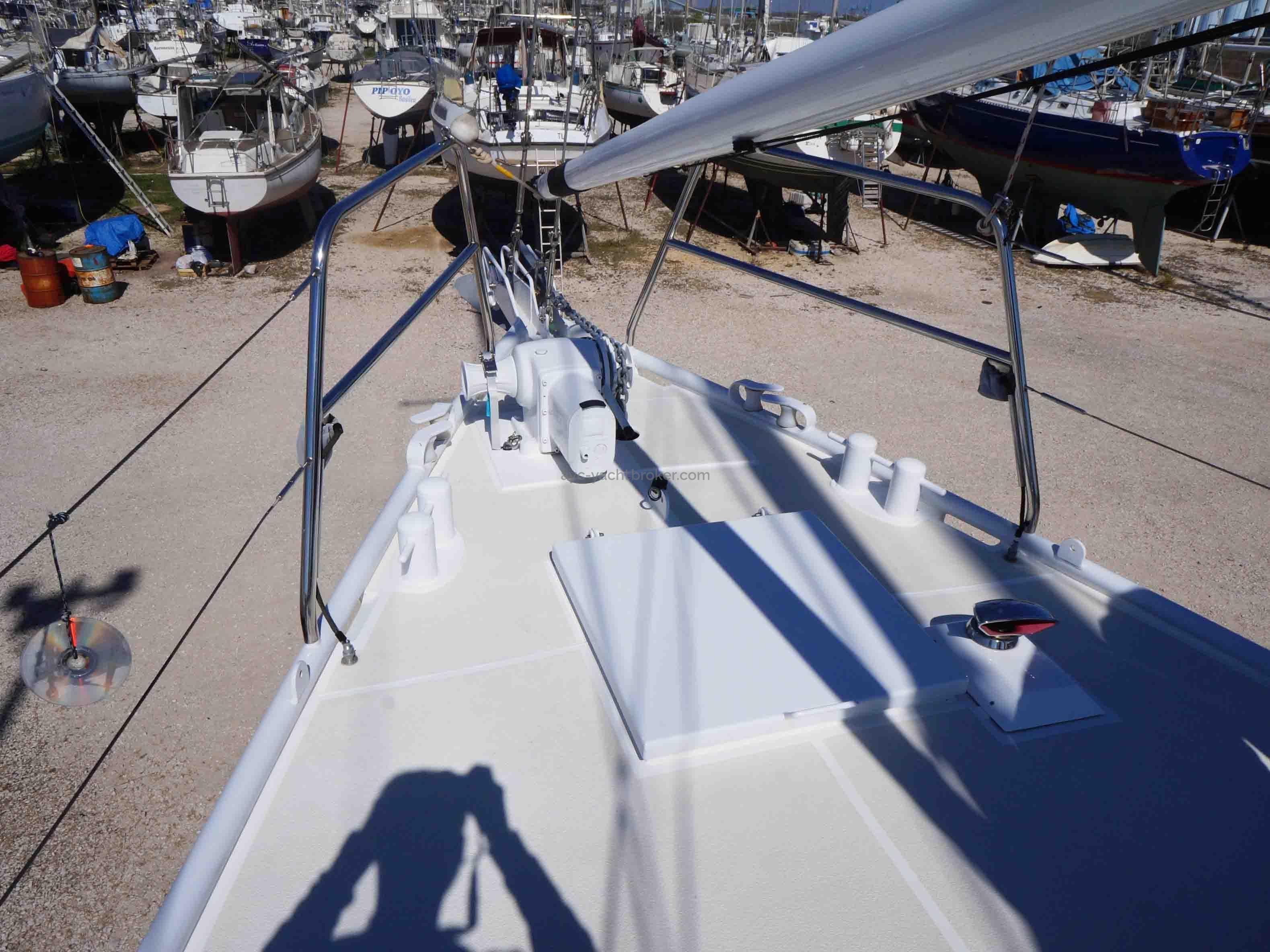 AYC International YachtBroker - GOELETTE ACIER -