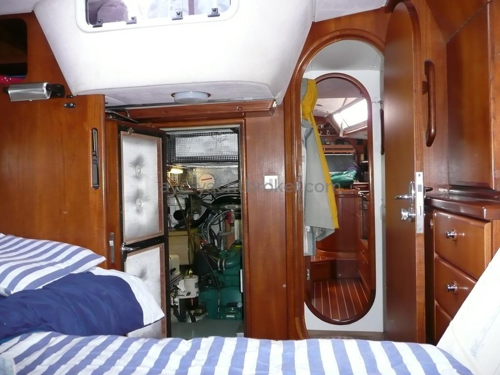 Trintella 44 Alu - Depuis le lit de la cabine arrière