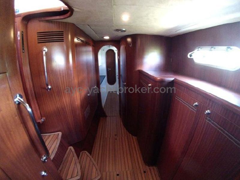 Catana 582 Caligo - Coursive tribord