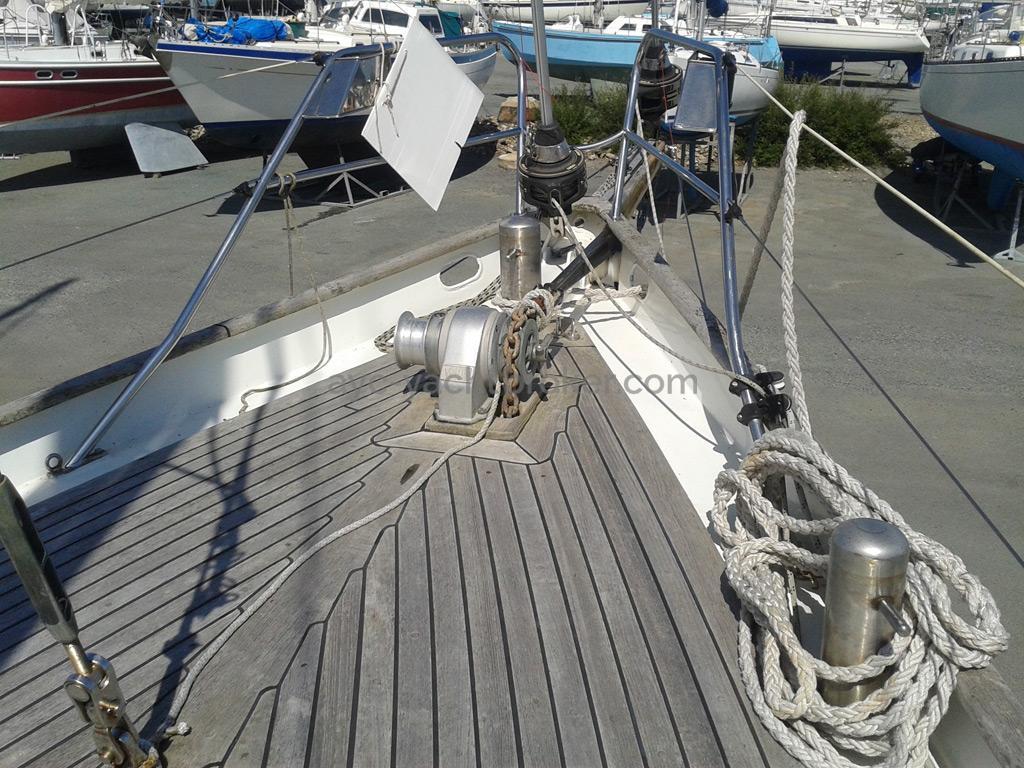 AYC Yachtbroker - Polar Bear  / Pont teck