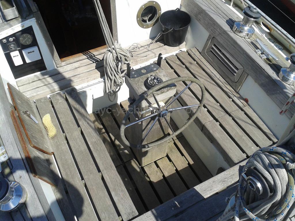 AYC Yachtbroker - Polar Bear  / Cockpit