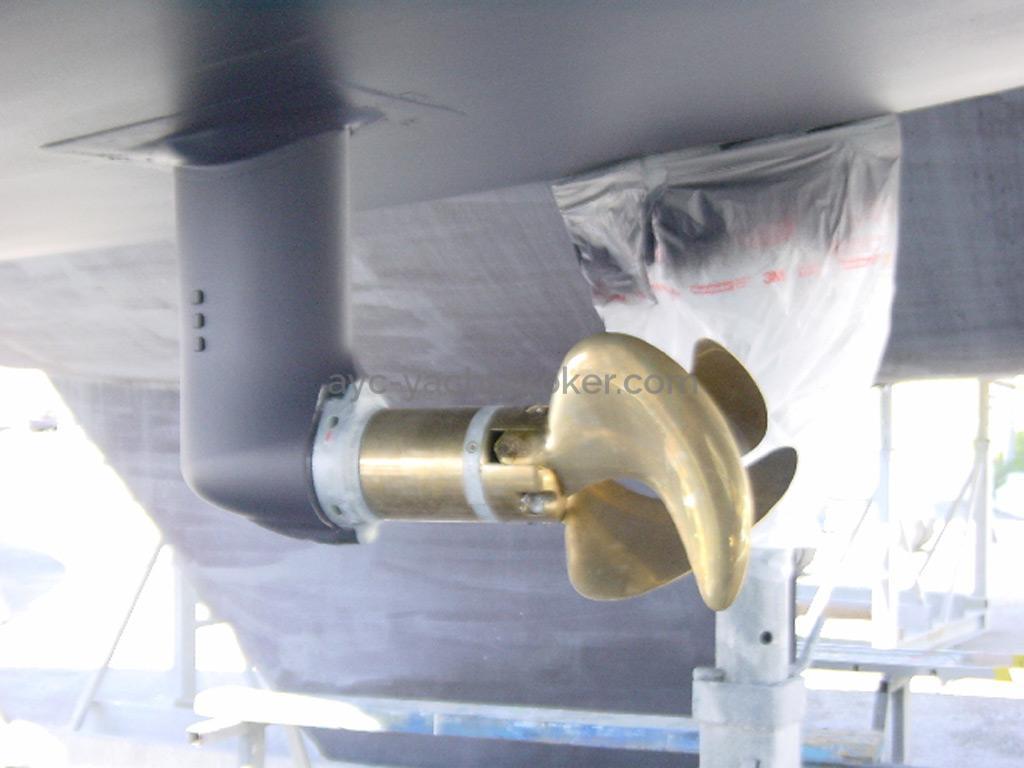AYC Yachtbroker - Dufour 405 Grand Large - Saildrive et hélice repliable