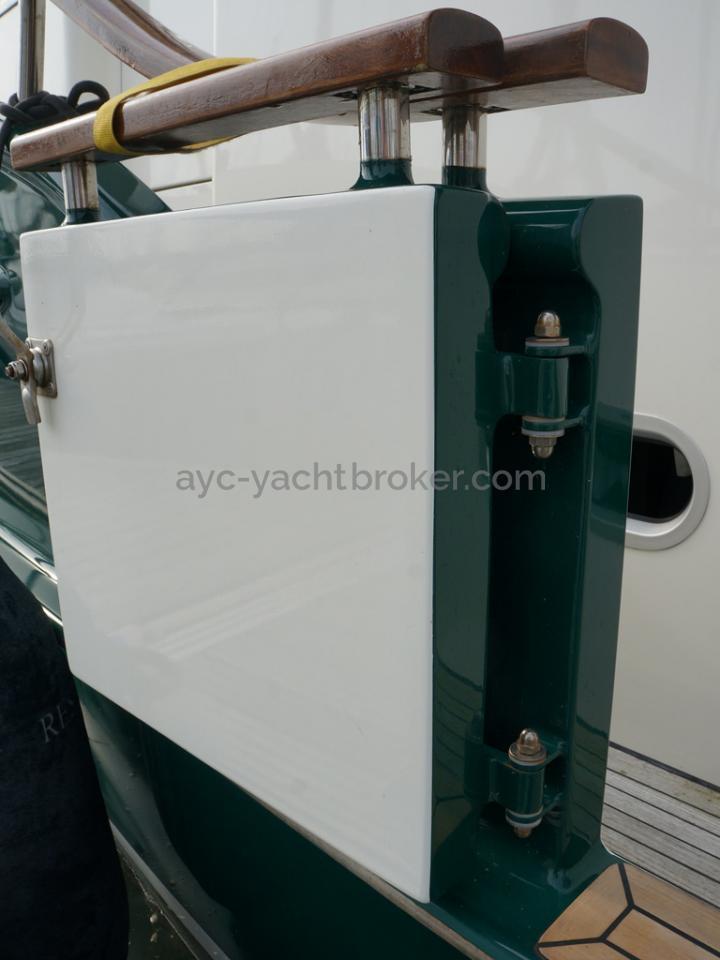 Searocco 1500 Trawler - Porte de coupée