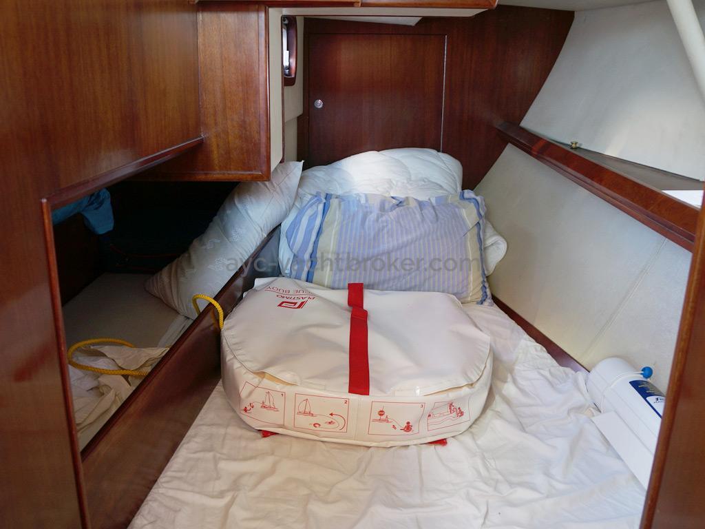 AYC Yachtbroker - JFA 45 Deck Saloon - Cabine arrière