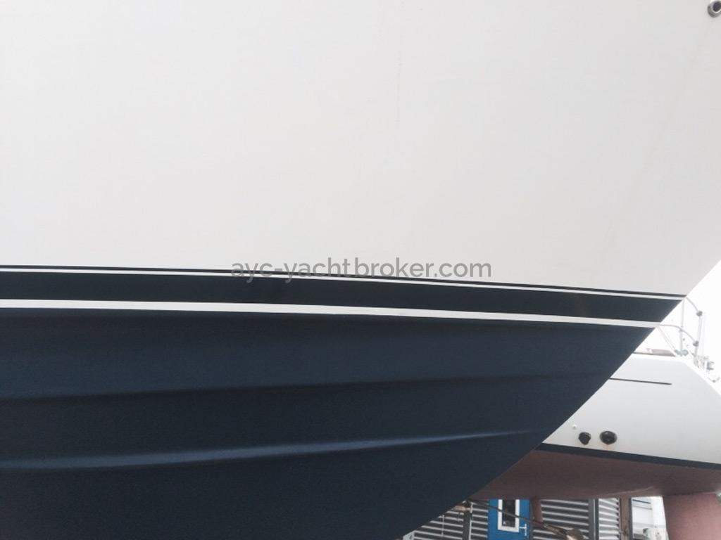 MERIDIAN 411 Sedan - Ligne de flottaison