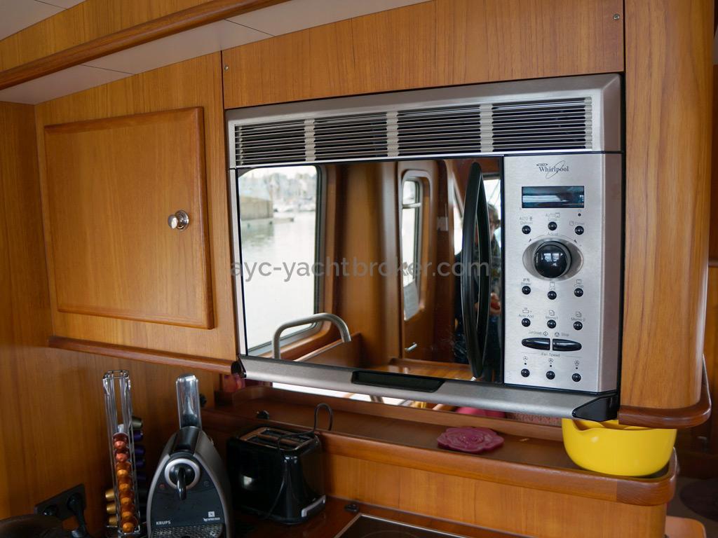 Searocco 1500 Trawler - Four micro-ondes / Grill