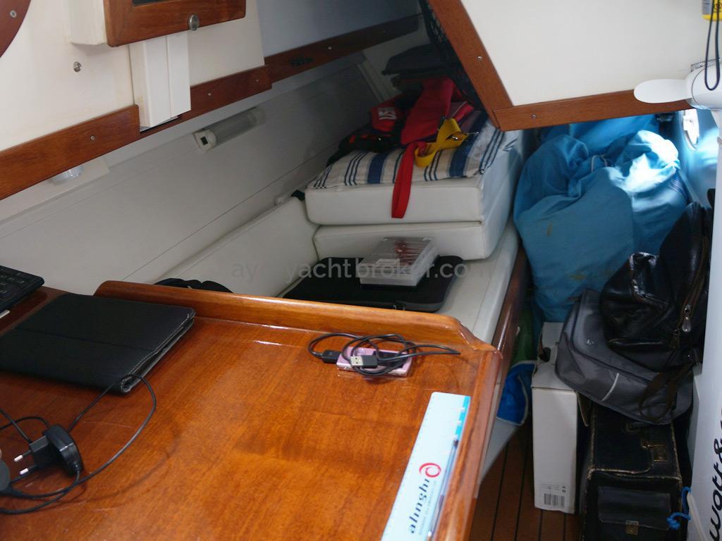 META JPB 35 - Couchette de veille arrière tribord