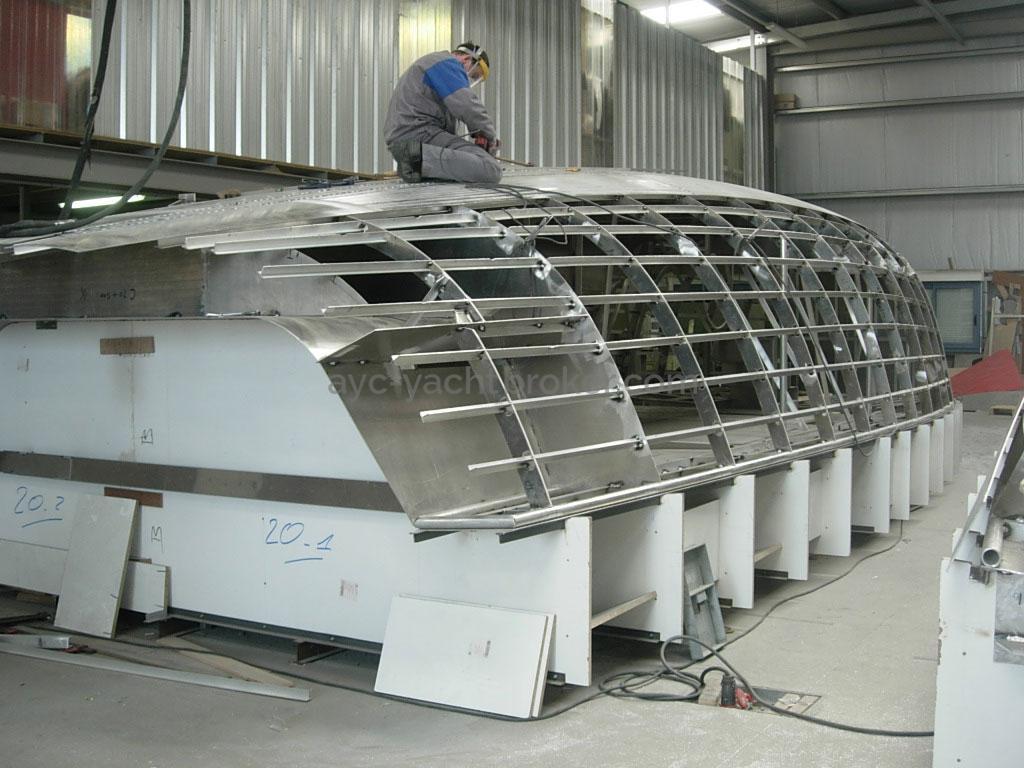 AYC - Azzuro 53 / Construction de la coque au chantier Alliage