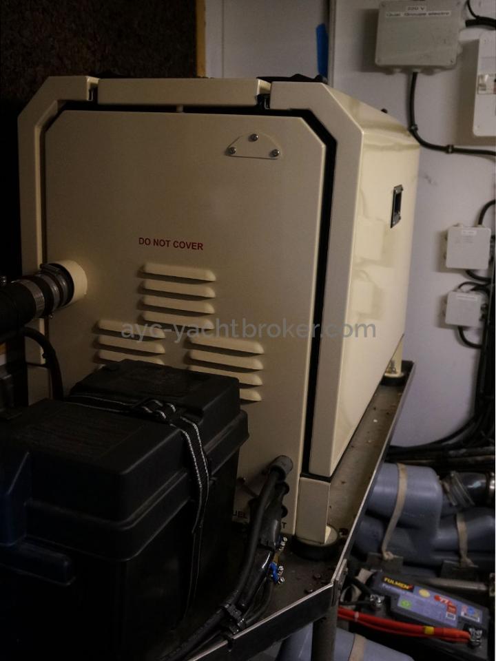 AYC - Chatam 60 / Salle des machines - Groupe électrogène (2018)
