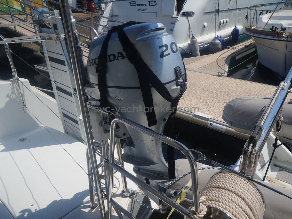 AYC - Lagoon 400 / Moteur d'annexe