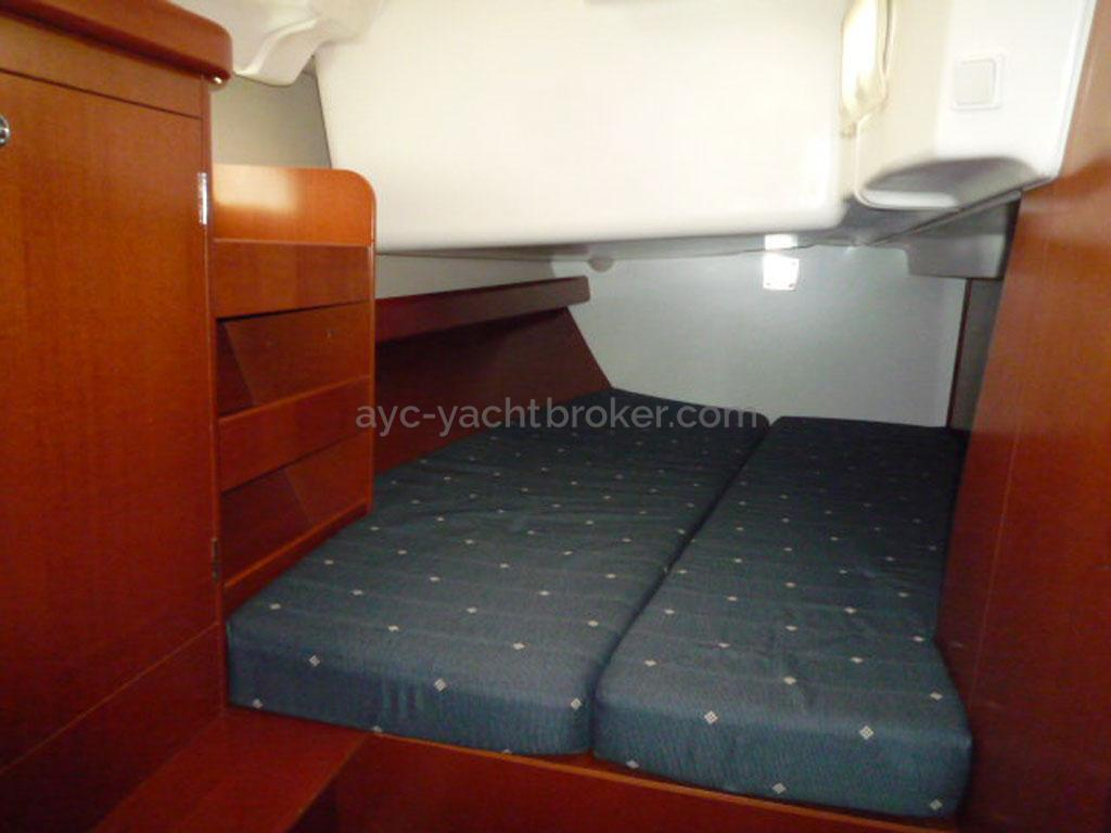AYC - Oceanis 423 / Cabine arrière tribord