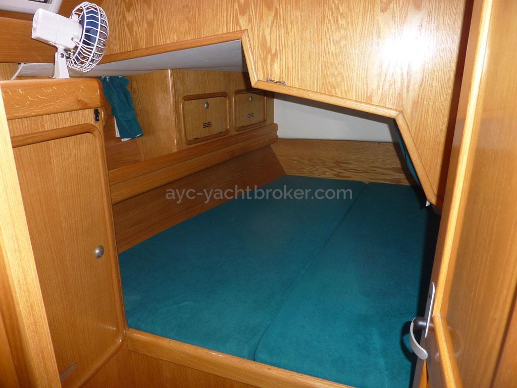 AYC - Ovni 435 / Cabine arrière tribord