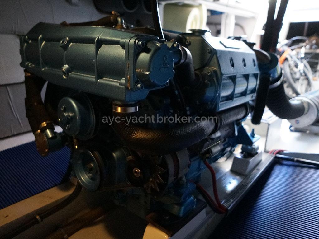 AYC - Trawler fifty 38 / Moteur Nanni