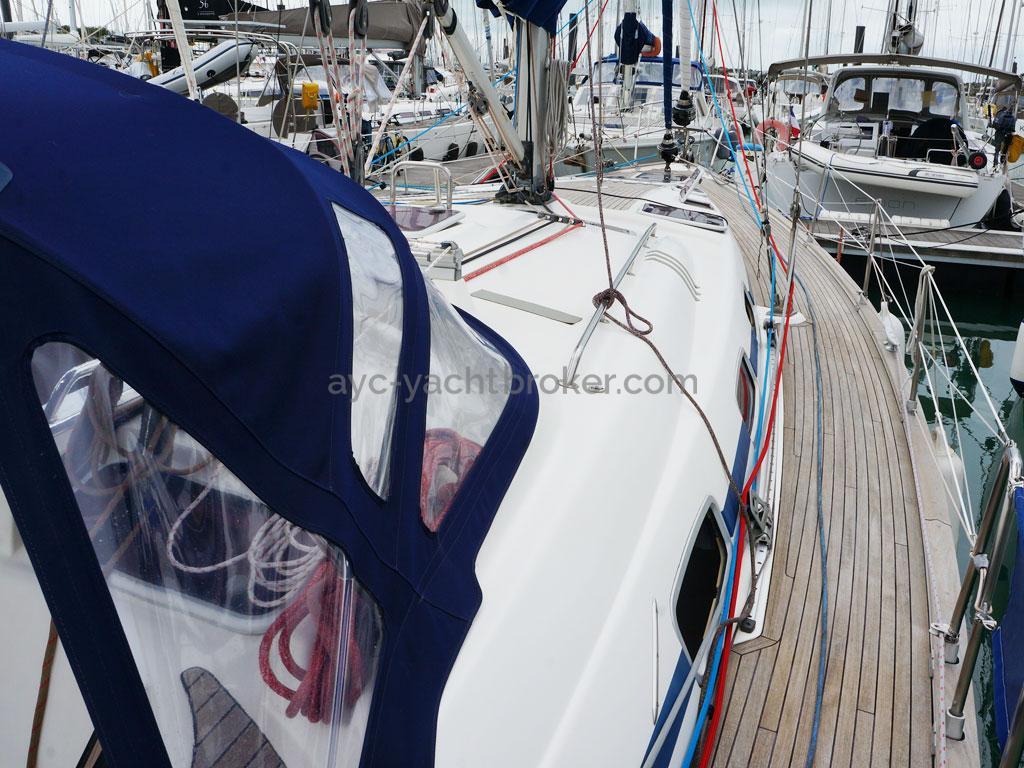 AYC Yachtbroker - Passavant tribord