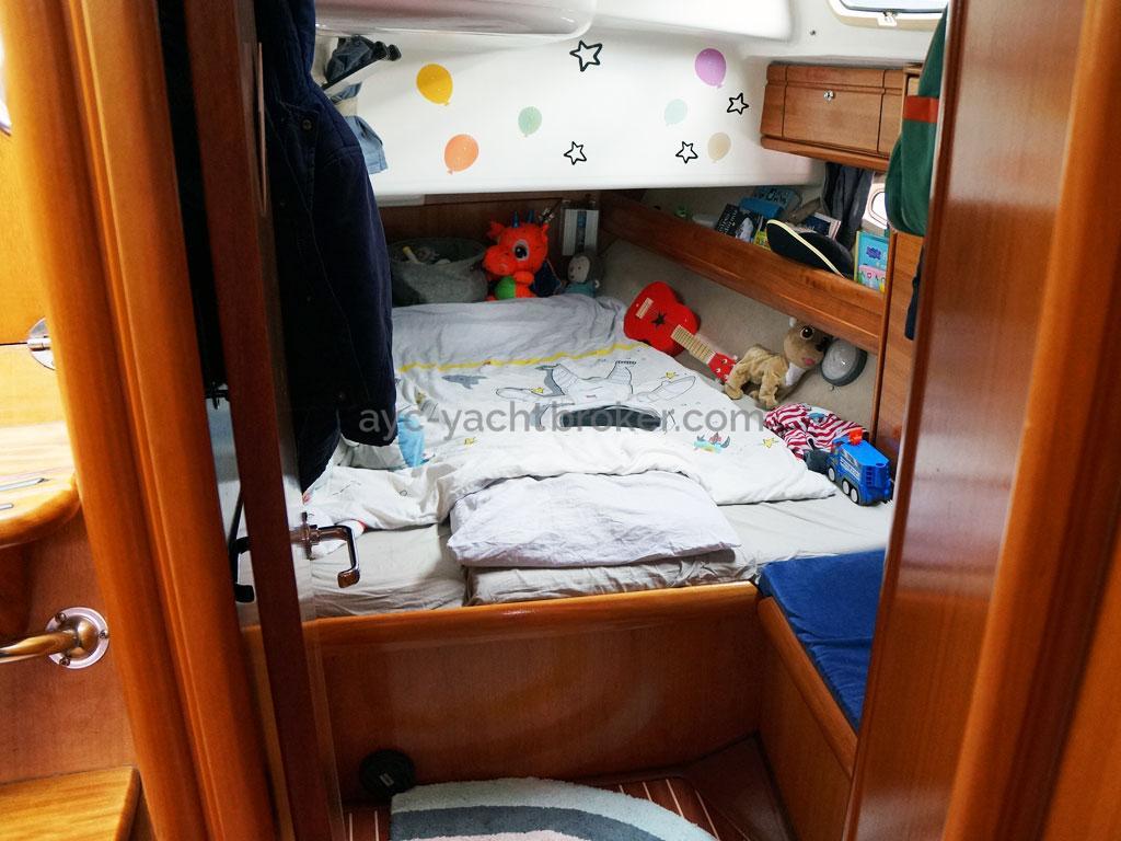 AYC Yachtbroker - Cabine arrière bâbord