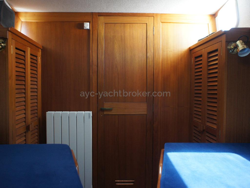 AYC Yachtbrokers - Trawler Meta King Atlantique - Cabine avant