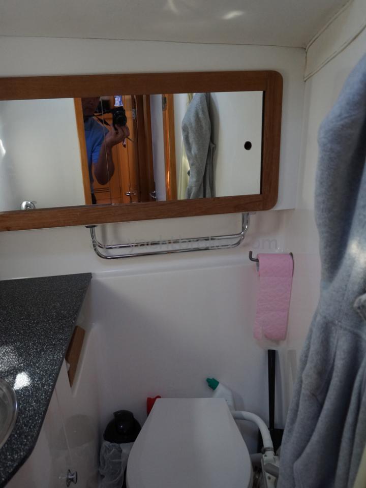 Feeling 44 Di - Salle d'eau avant